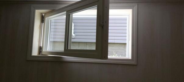 Herr egress window for Bedroom egress window size